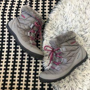 Columbia snow boots minx kids